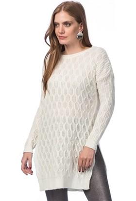 Lafaba Yanları Yırtmaçlı Beyaz Triko Tunik