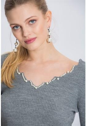 Lafaba Yakası Boncuklu Gri Triko Elbise
