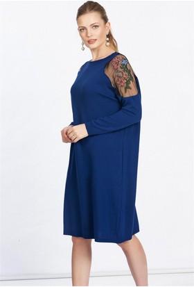 Lafaba Omuzu Nakışlı Mavi Triko Tunik