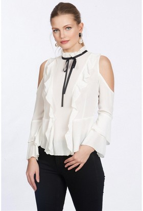 Lafaba Omuzları Dekolteli Kolları Volanlı Beyaz Bluz
