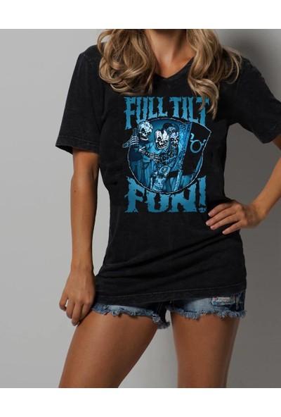 The Chalcedon Full Tilt Fun Kadın Tshirt