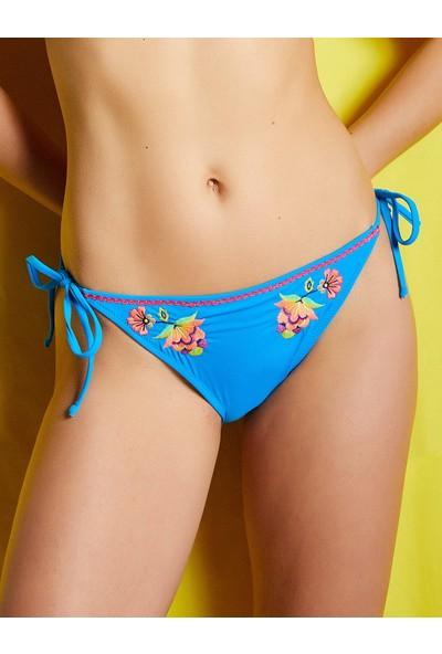 Koton İşlemeli Bikini Altı