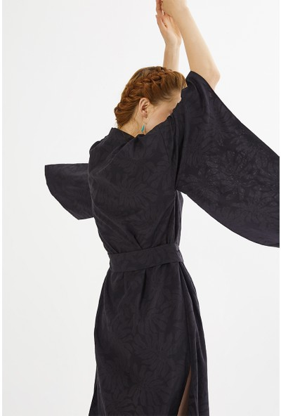 Just Like You 047 Siyah Kimono