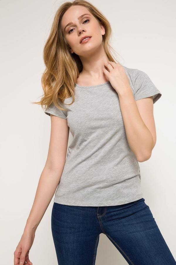 Defacto Women's T-shirt with Solid Design