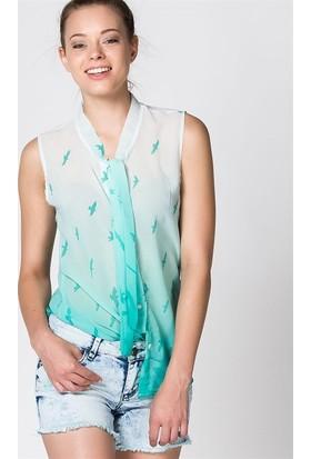 Bonalodi Yeşil Kuş Desenli Kolsuz Kadın Bluz