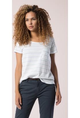 Colin's Beyaz Bayan T-Shirt Kısa Kol