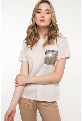 Defacto Cep Detaylı T-Shirt
