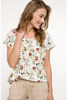 Defacto Dantel Detaylı Çiçek Desenli Bluz