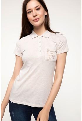 Defacto Parlak Yazı Baskılı Polo T-Shirt