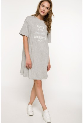 Defacto Yazı Baskılı Elbise