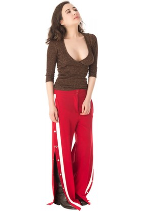 Modkofoni Beyaz Şeritli Ve Çıtçıtlı Kırmızı Salaş Pantolon