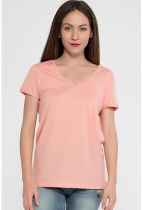 Vena Boyfriend T-Shirt