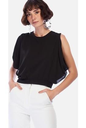 İroni Sırt Yırtmaçlı Krop Siyah Şifon Bluz