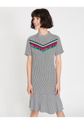 Koton Kadın Aplike Detaylı Elbise