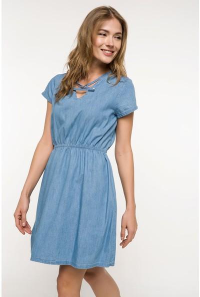 Defacto Yaka Detaylı Beli Büzgülü Denim Elbise