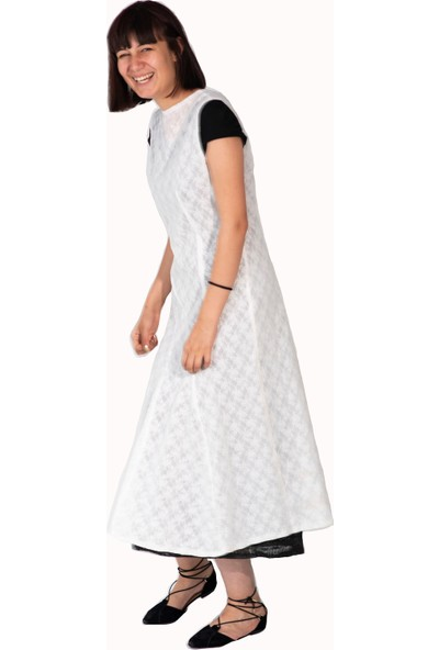 Kavshak Dantel Desenli Elbise