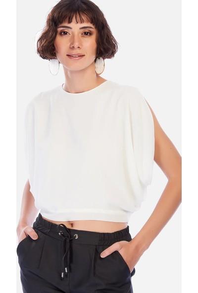 İroni Sırt Yırtmaçlı Krop Ekru Şifon Bluz