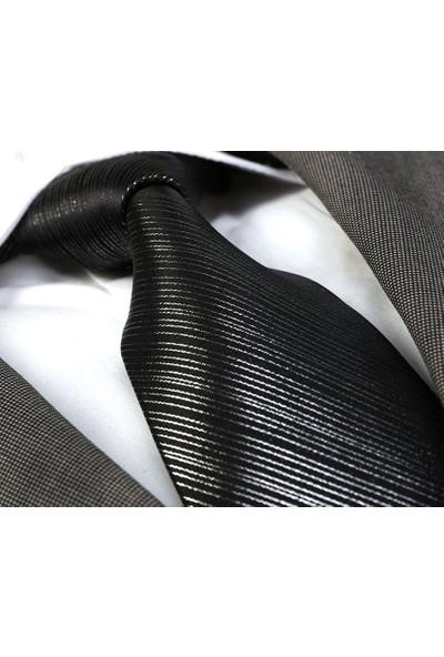 Exve Exclusive Gümüş Varak Çizgili Siyah Kravat