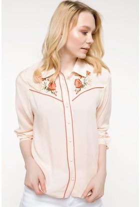 Defacto Kadın İşleme Detaylı Gömlek