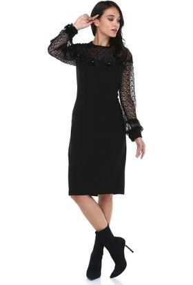 20879b53d21b8 ... B&S Line Kadın Yakası Kolları Dantelli Motifli Siyah Elbise ...