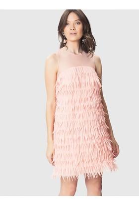 Roman Sırt Ve Omuz Detaylı Pembe Elbise