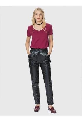K18 Dış Alım Roman Kısa Paça Siyah Deri Kadın Pantolon