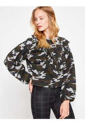Koton Kadın Kamuflaj Desenli Sweatshirt