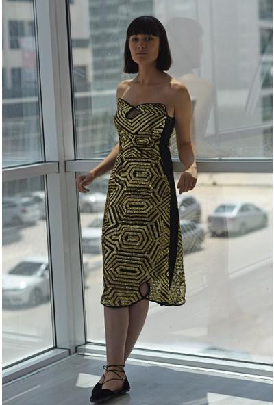 Kavshak Payetli Straplez Elbise