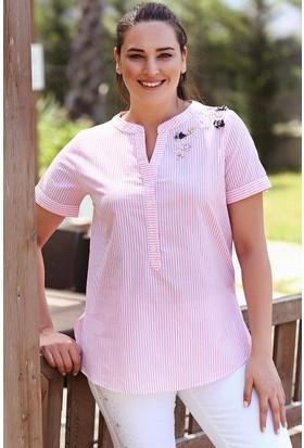 Womenice Pembe Çizgili Kısa Kol Omuz Taş Nakışlı Poplin Gömlek