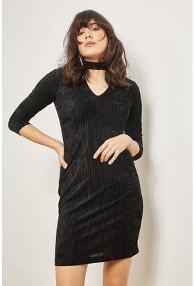 42e3d7459b5f4 Lafaba Siyah Yakası Bantlı Kadife Elbise ...