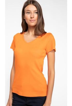 Defacto Kadın V Yaka Basic T-Shirt