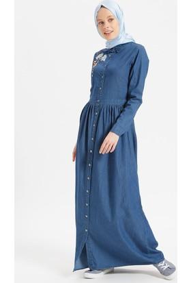 c2629fbba2603 ... Benin Doğal Kumaşlı İncili Nakışlı Kot Elbise - Lacivert ...
