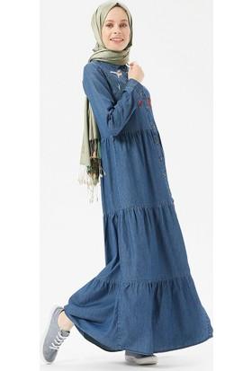68639b133c5aa ... Benin Doğal Kumaşlı Nakışlı Kot Elbise - Koyu Mavi