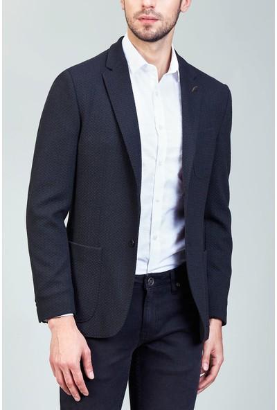 AVVA Siyah Erkek Nopeli Uzun Kol Slim Fit Kurt Yaka Ceket A82Y4020