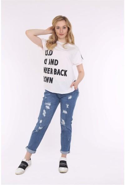 Her Mod'a Bir Moda Hold On T-Shirt