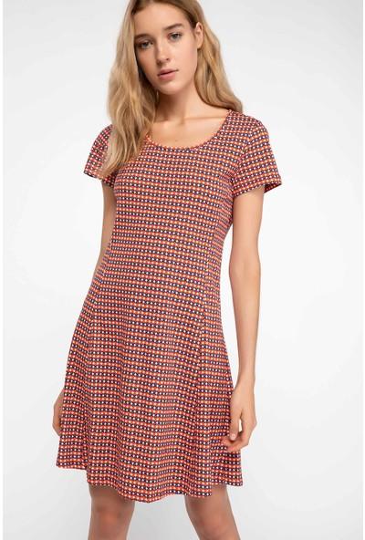 89e3d8b149604 Şık Elbise Modelleri 2019 & İndirimli Bayan Elbise Fiyatları - Sayfa 8