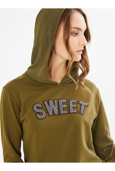 Xint Kapüşonlu Önü Baskılı Sweatshirt