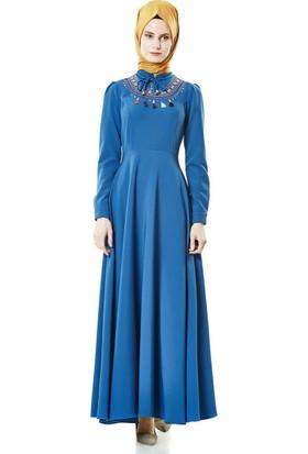 Nassah Önü İşlemeli Kloş Elbise-Saks LR8279-47