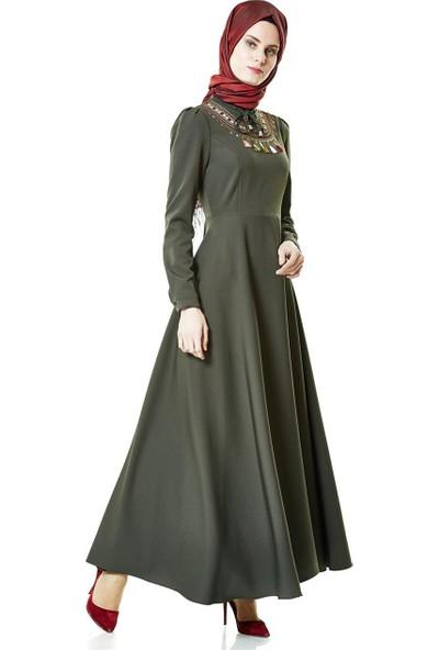Nassah Önü İşlemeli Kloş Elbise-Haki LR8279-27