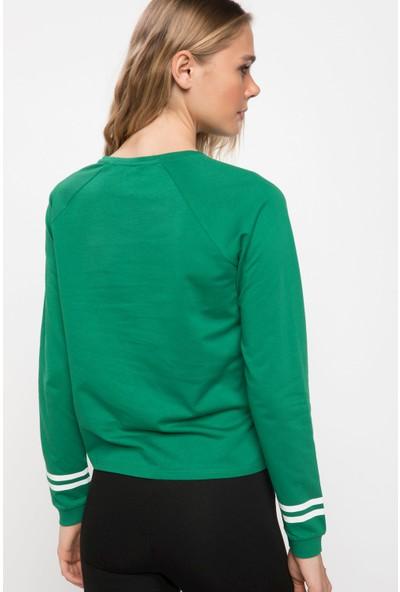 Defacto Kadın Payet İşleme Detaylı Baskılı Kısa Sweatshirt