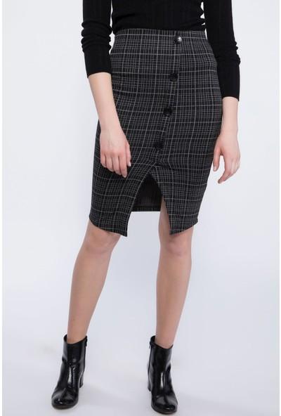 Defacto Kadın Yırtmaçlı Düğme Detaylı Kareli Slim Fit Etek