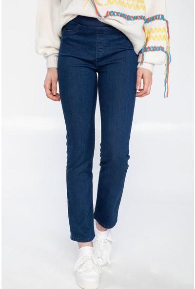 Defacto Kadın Carmela Straight Fit Denim Pantolon