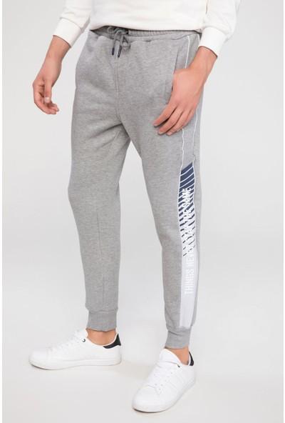 Defacto Erkek Şerit Detaylı Slim Fit Jogger Pantolon