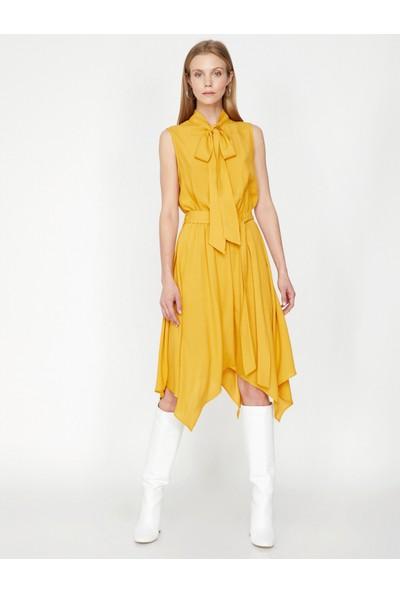 Koton Yaka Detaylı Elbise