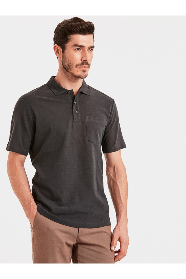 LC Waikiki Men's Solid T-shirt with Pocket Details