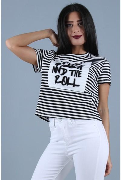 Açelya Okcu Fashion Çizgili Önü Armalı Tişört