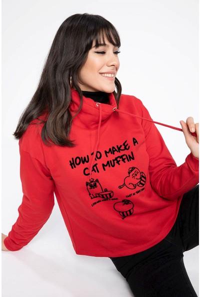 Defacto Kadın Baskılı Yarım Balıkçı Yakalı Relax Fit Sweatshirt