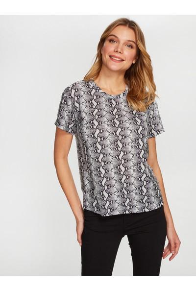 Faik Sönmez Yılan Derisi Desenli T-Shirt 38793