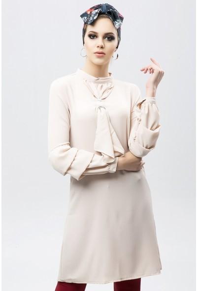 New Laviva Bej Kadın Yaka Detaylı Uzun Kollu Elbise