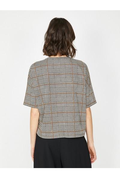 Koton Kadın Kareli T-Shirt